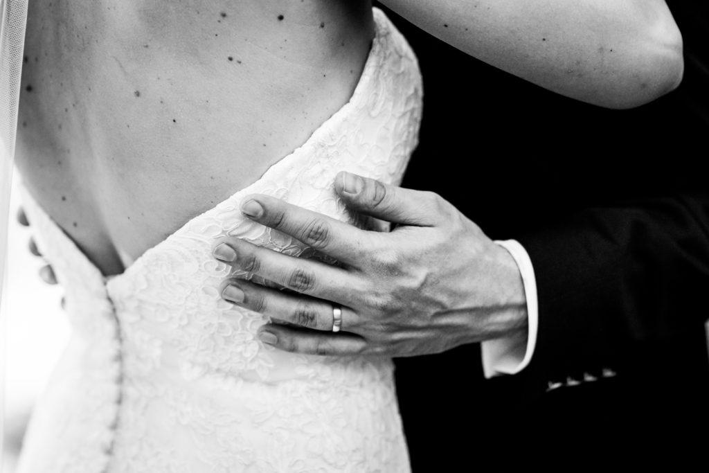 Hochzeit in Reutlingen Brautkleid Hochzeitsfotograf Reutlingen Albstadt Metzingen Balingen Stuttgart Pärchenfotos Zollernalbkreis Bodensee Boho Hochzeit Schweiz